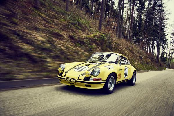 Porsche 911 2.5 S/T © Dr. Ing. h.c. F. Porsche AG