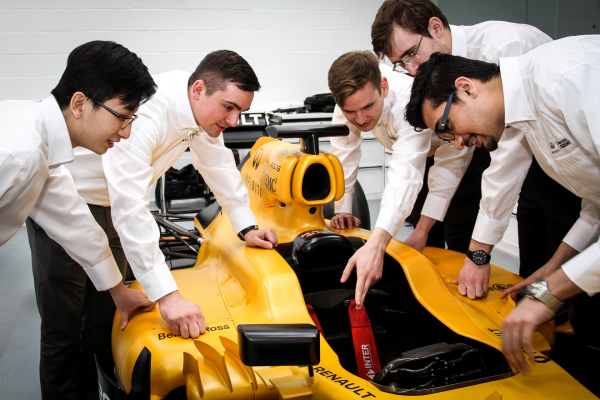 Infiniti offers students the Formula One career opportunity of a lifetime © Nissan Motor Co., Ltd.