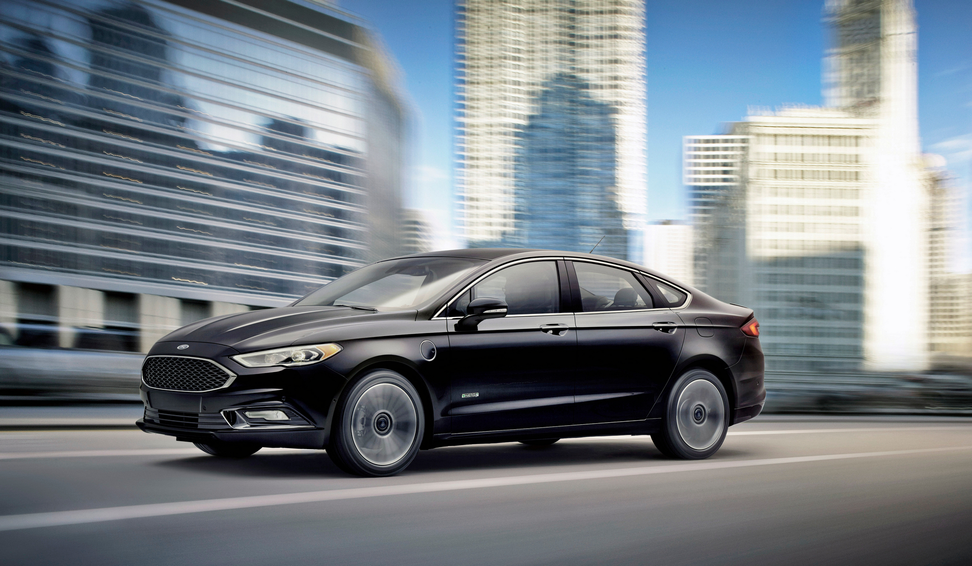 new ford fusion energi can go further than any plug in hybrid carrrs auto portal. Black Bedroom Furniture Sets. Home Design Ideas