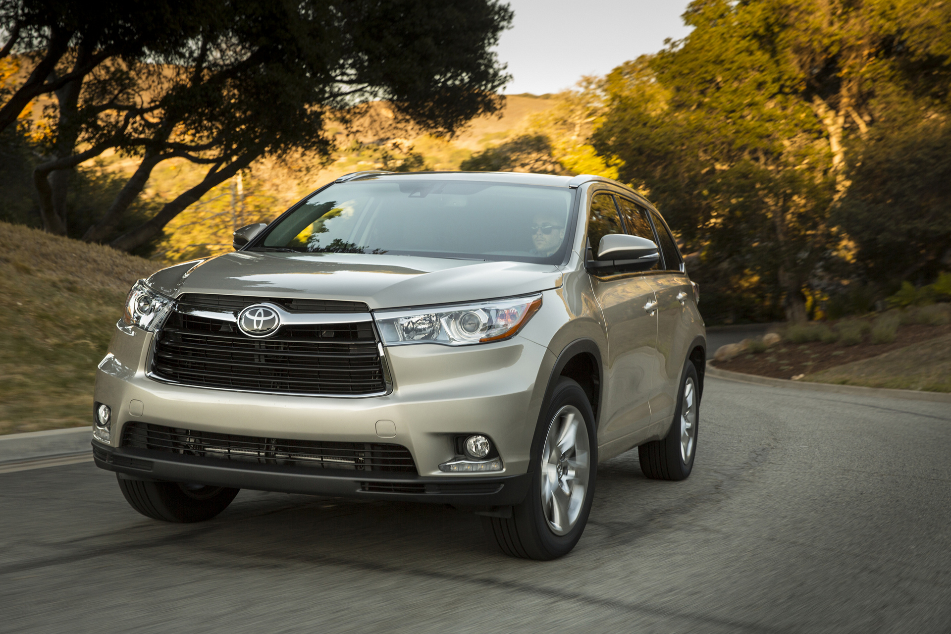2016 Toyota Highlander Limited Platinum © Toyota Motor Corporation