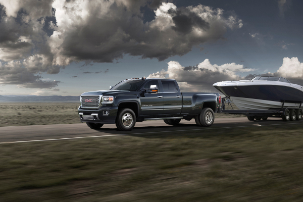 2016 GMC Sierra 3500HD Denali © General Motors