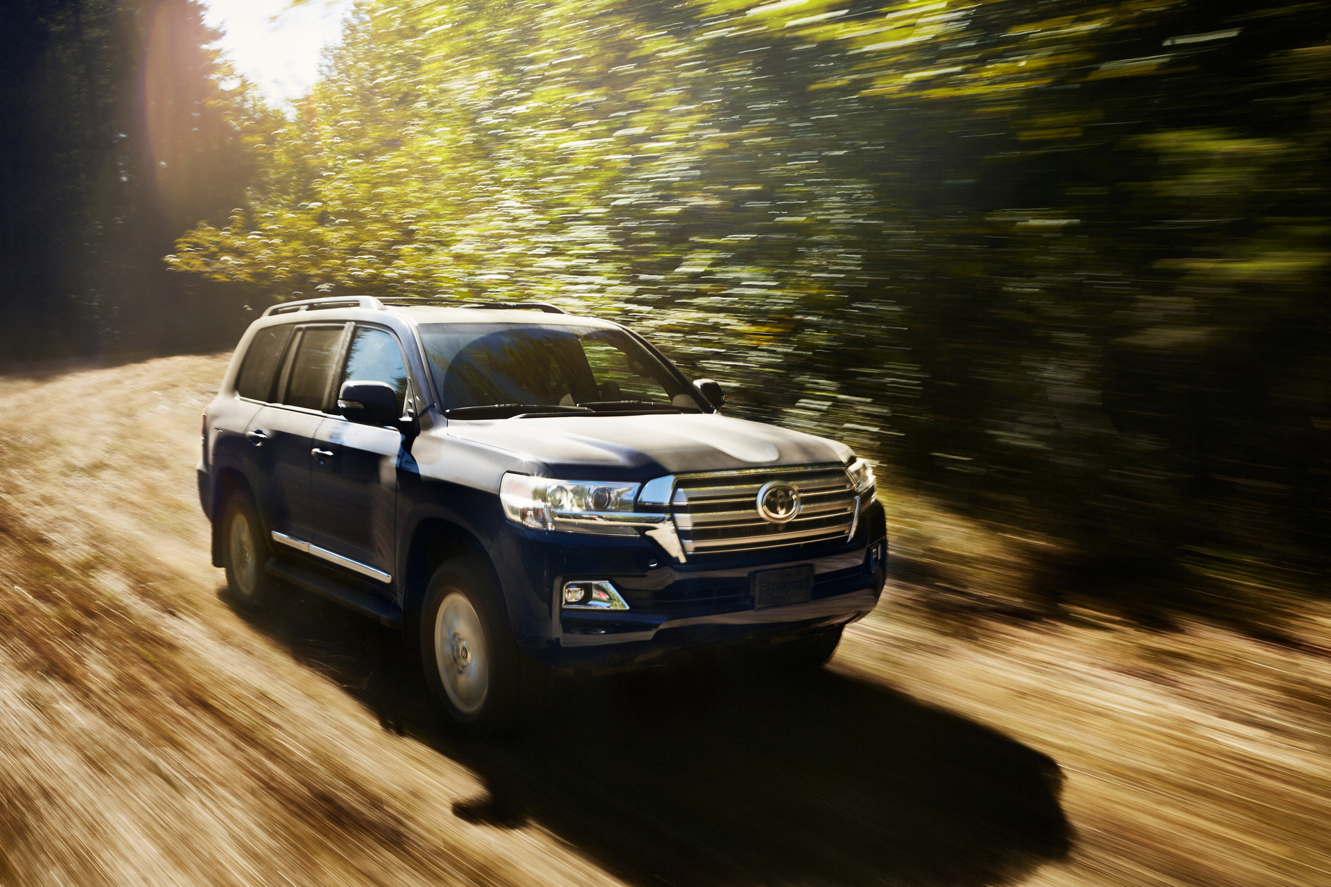 how much does a toyota land cruiser cost