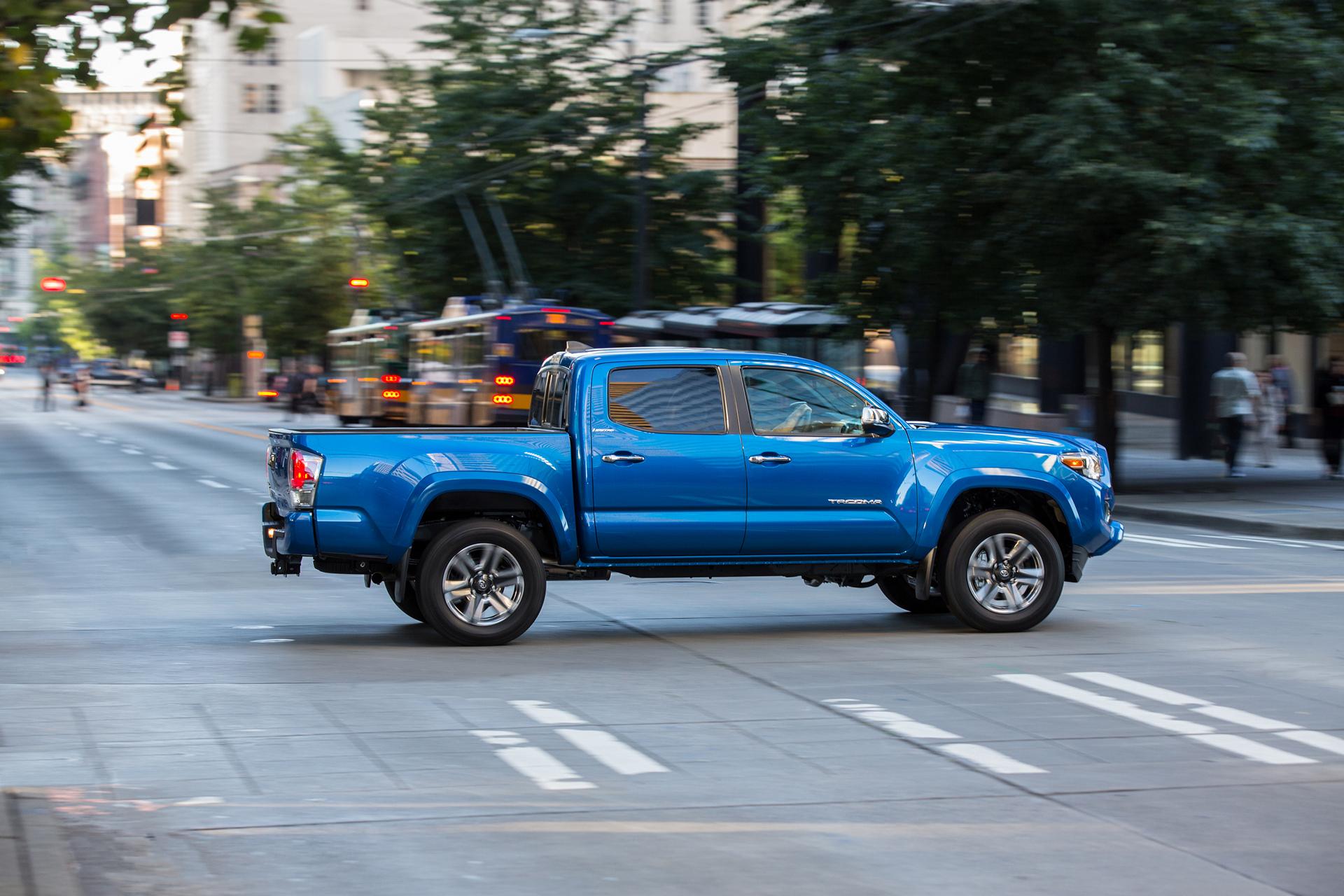 2016 Toyota Tacoma Limited © Toyota Motor Corporation