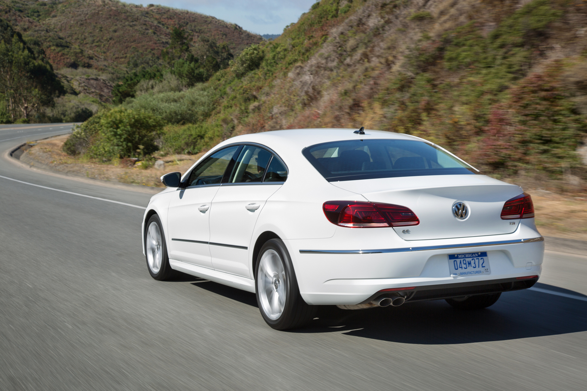 2016 volkswagen cc review carrrs auto portal. Black Bedroom Furniture Sets. Home Design Ideas