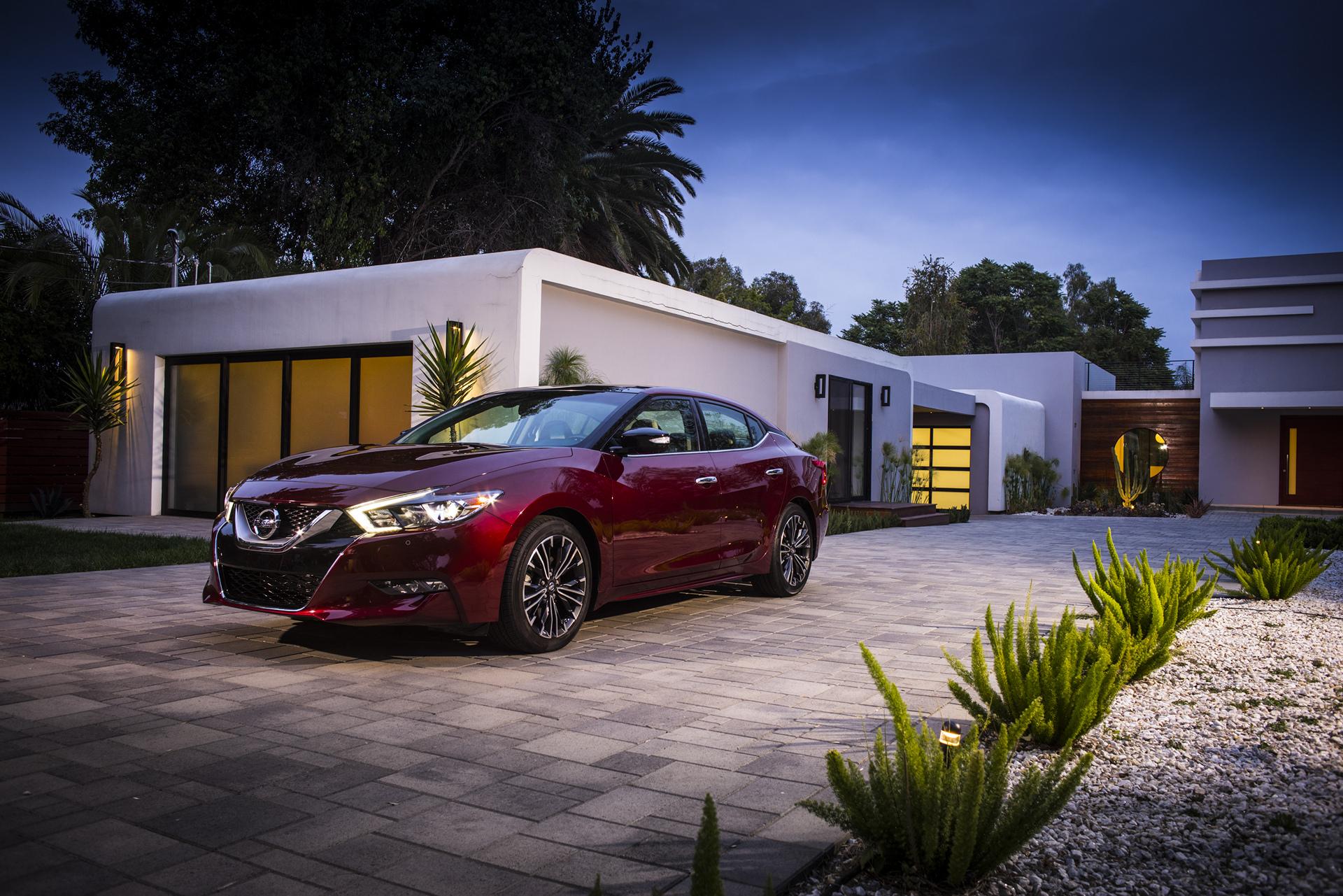 2016 nissan maxima review carrrs auto portal. Black Bedroom Furniture Sets. Home Design Ideas