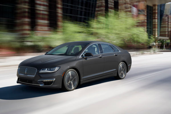 2017 Lincoln MKZ © Ford Motor Company