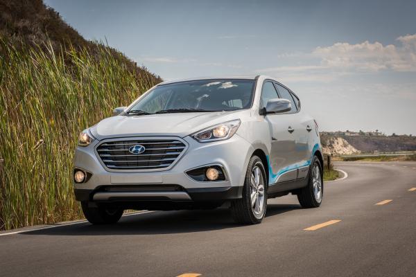 2016 Hyundai Tucson Fuel Cell © Hyundai Motor Company