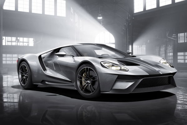 Ford GT in Liquid Silve © Ford Motor Company