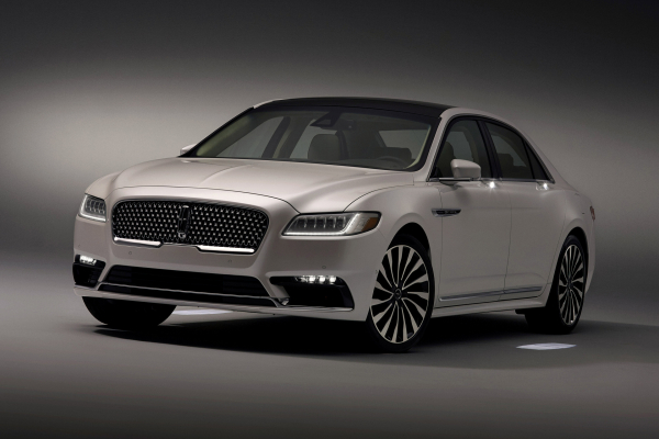 2017 Lincoln Continental © Ford Motor Company