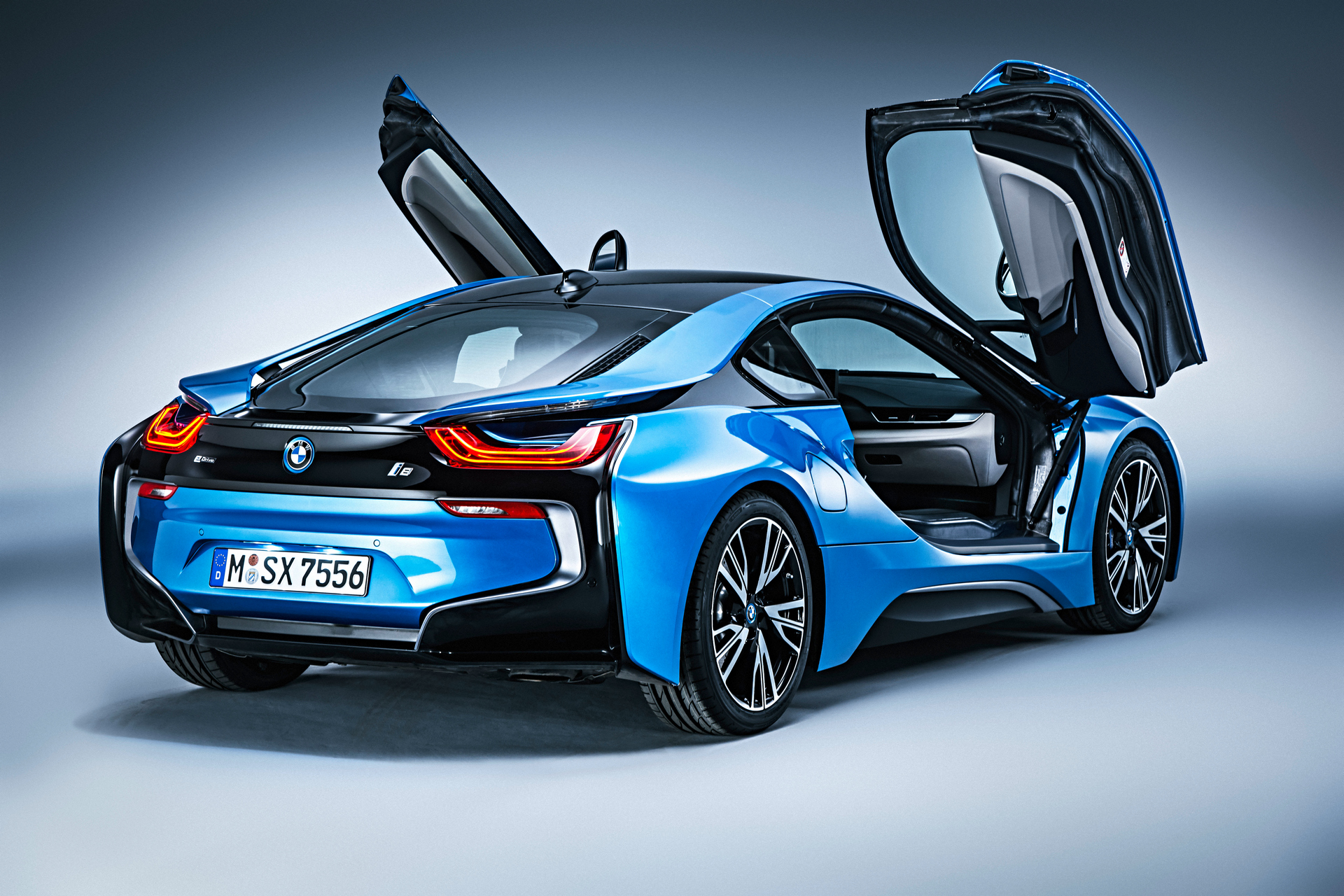 How Much Does a BMW i8 Cost? - Carrrs Auto Portal