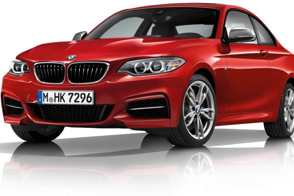 2017 BMW M240i Coupe © BMW AG