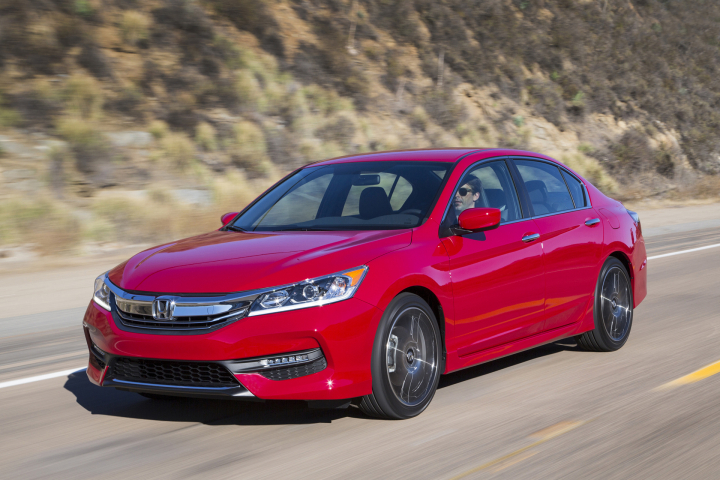 Honda Shows the New Accord Sport Special Edition