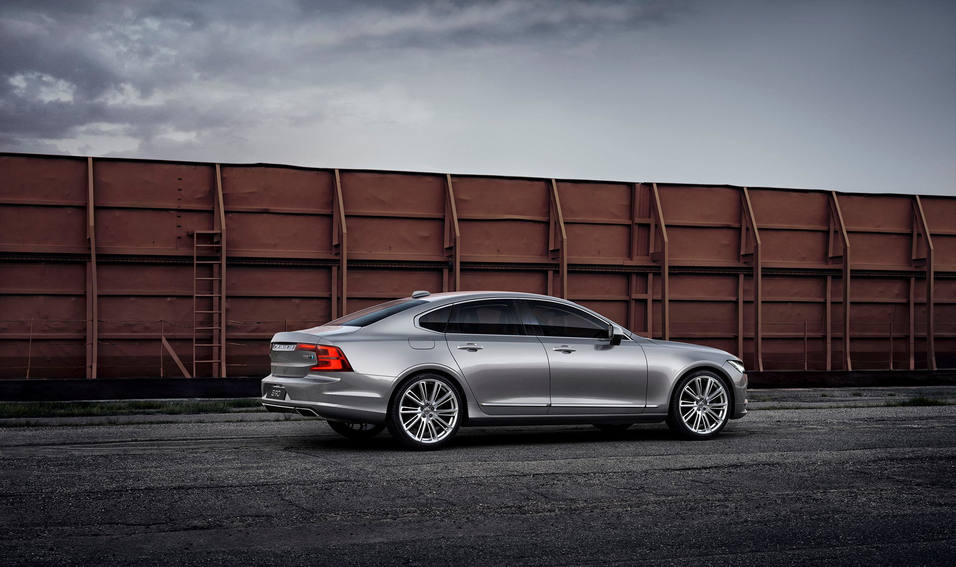 New Polestar performance package now available for the Volvo S90 and V90 © Zhejiang Geely Holding Group Co., Ltd