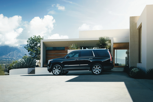 2016 Cadillac Escalade © General Motors