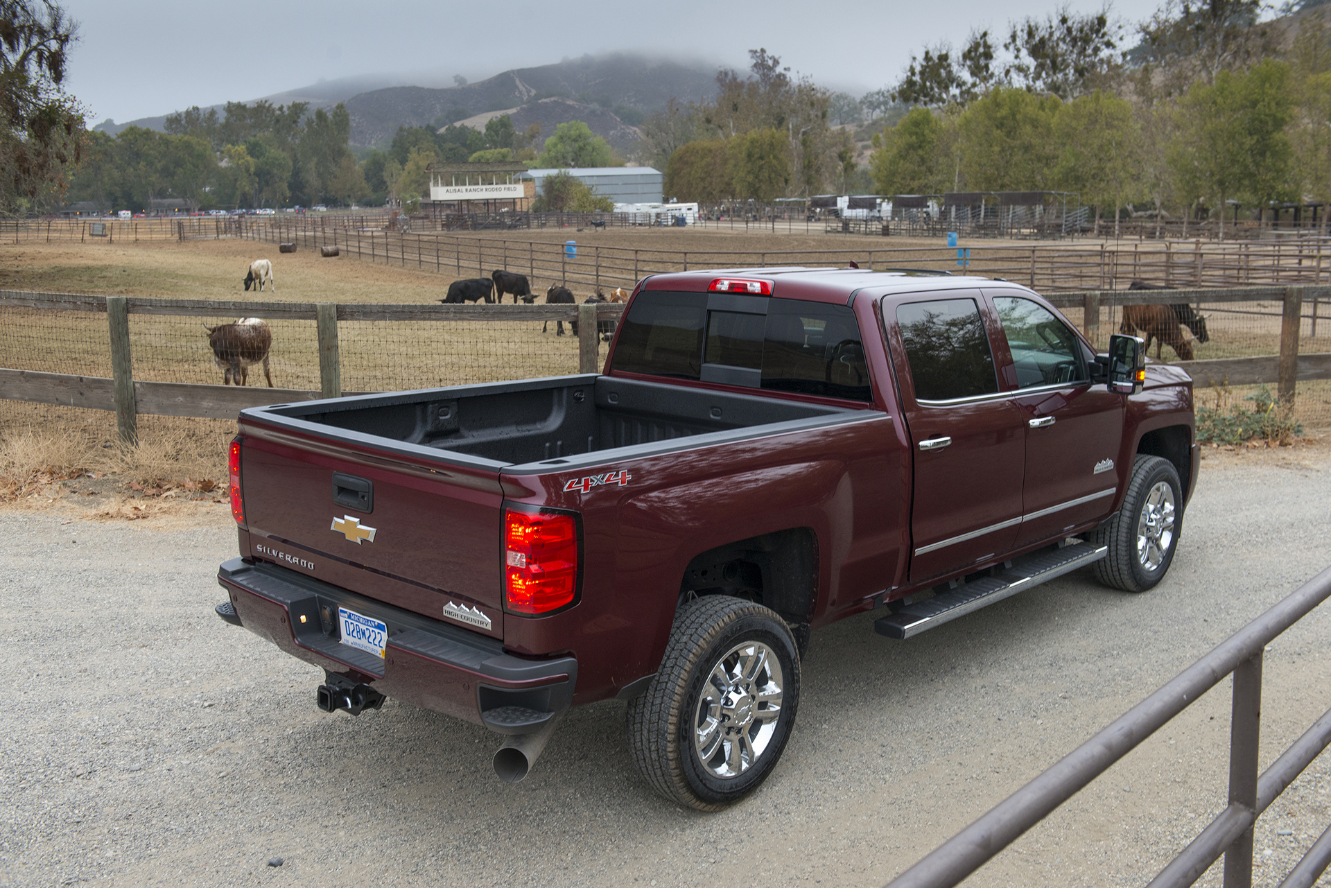 2016 Chevrolet Silverado 2500 HD All Terrain © General Motors
