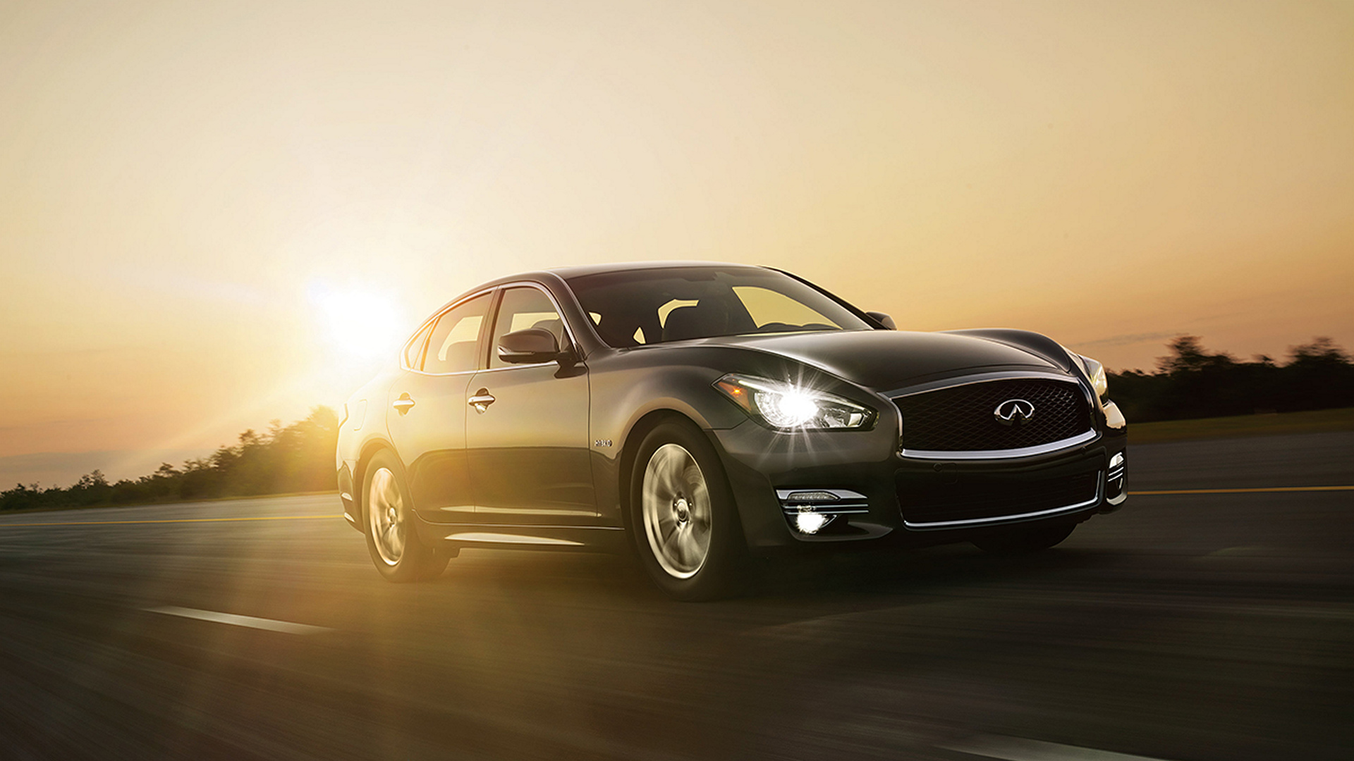 2016 infiniti q70 hybrid review carrrs auto portal. Black Bedroom Furniture Sets. Home Design Ideas