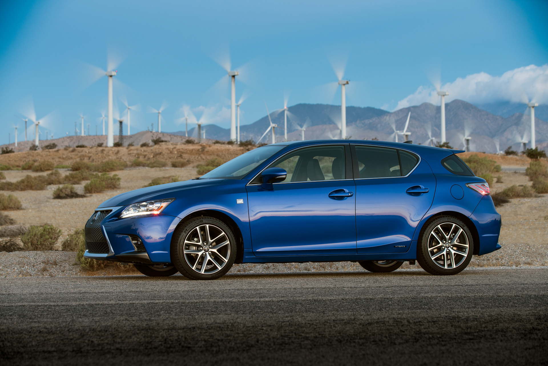2016 Lexus CT 200h F SPORT © Toyota Motor Corporation