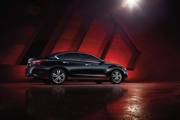 How Much Does a Nissan Altima Cost?