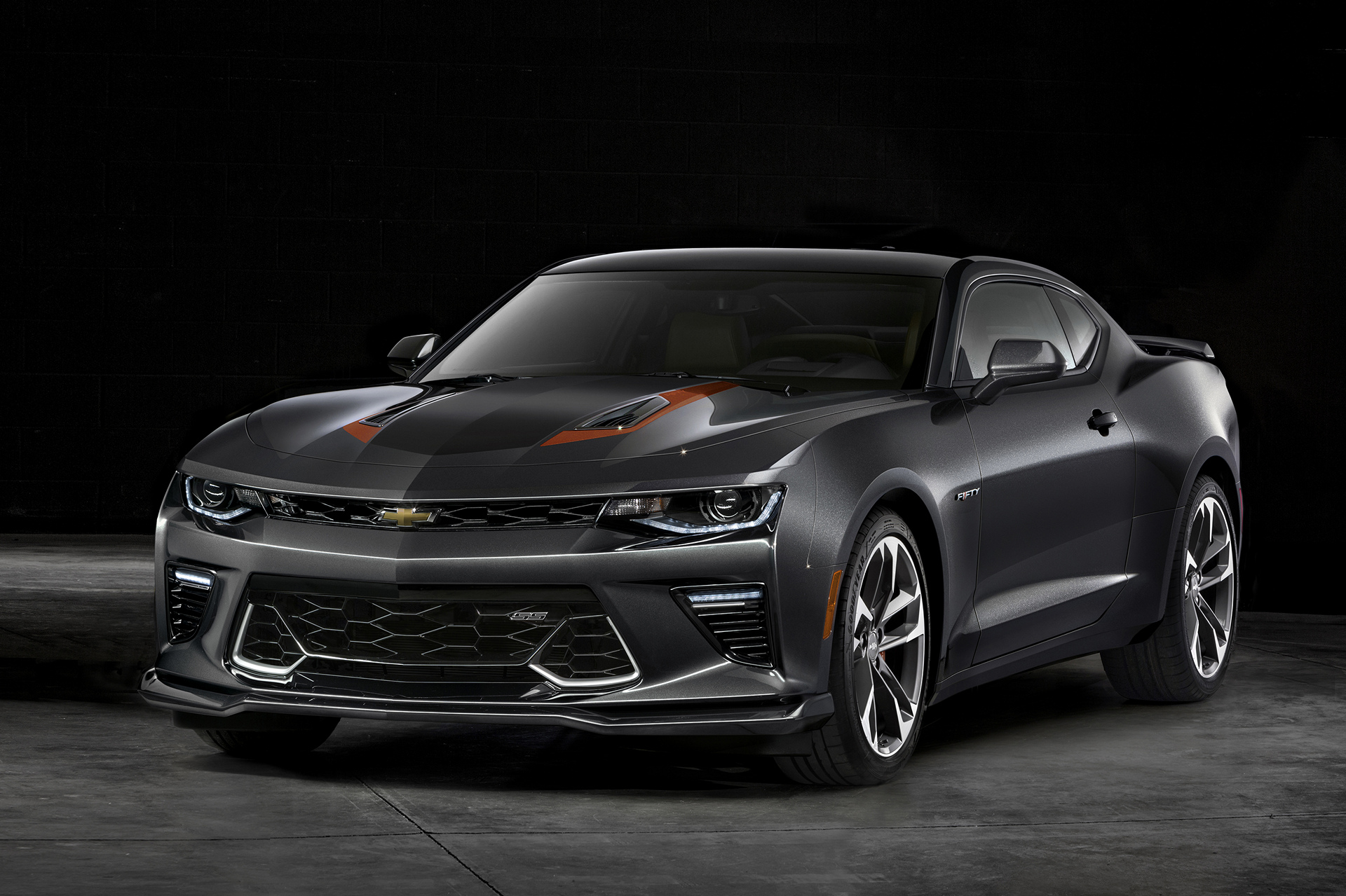 2017 Camaro 50th Anniversary Special Edition © General Motors