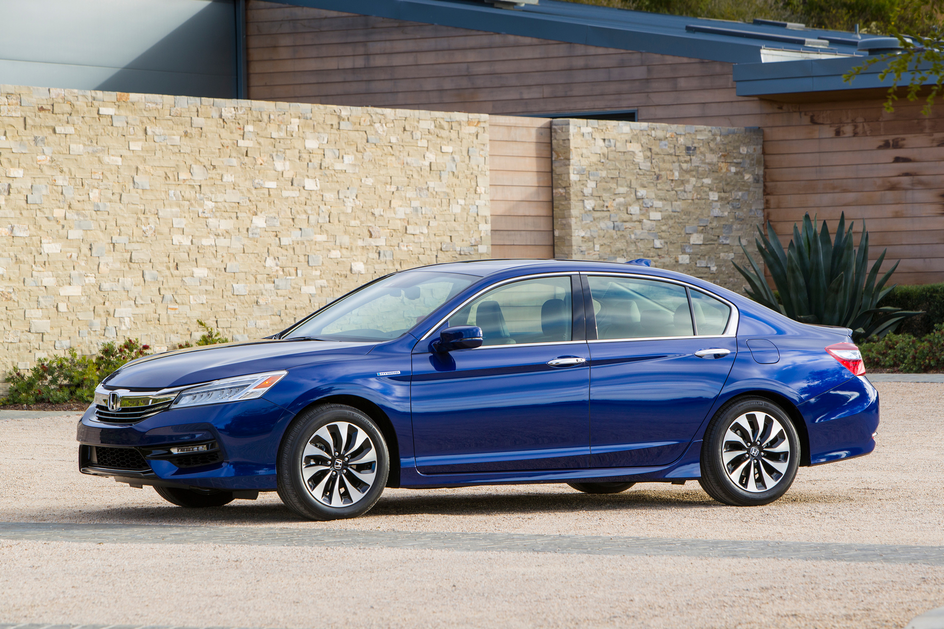 2017 Honda Accord Hybrid C Motor Co Ltd