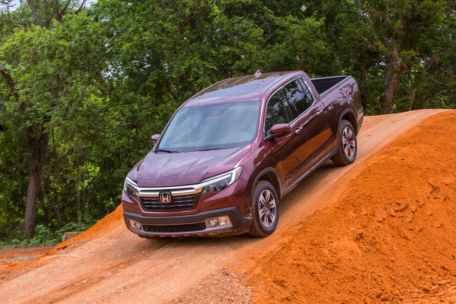 2017 Honda Ridgeline © Honda Motor Co., Ltd.