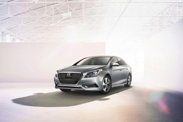 2016 Hyundai Sonata Hybrid © Hyundai Motor Company