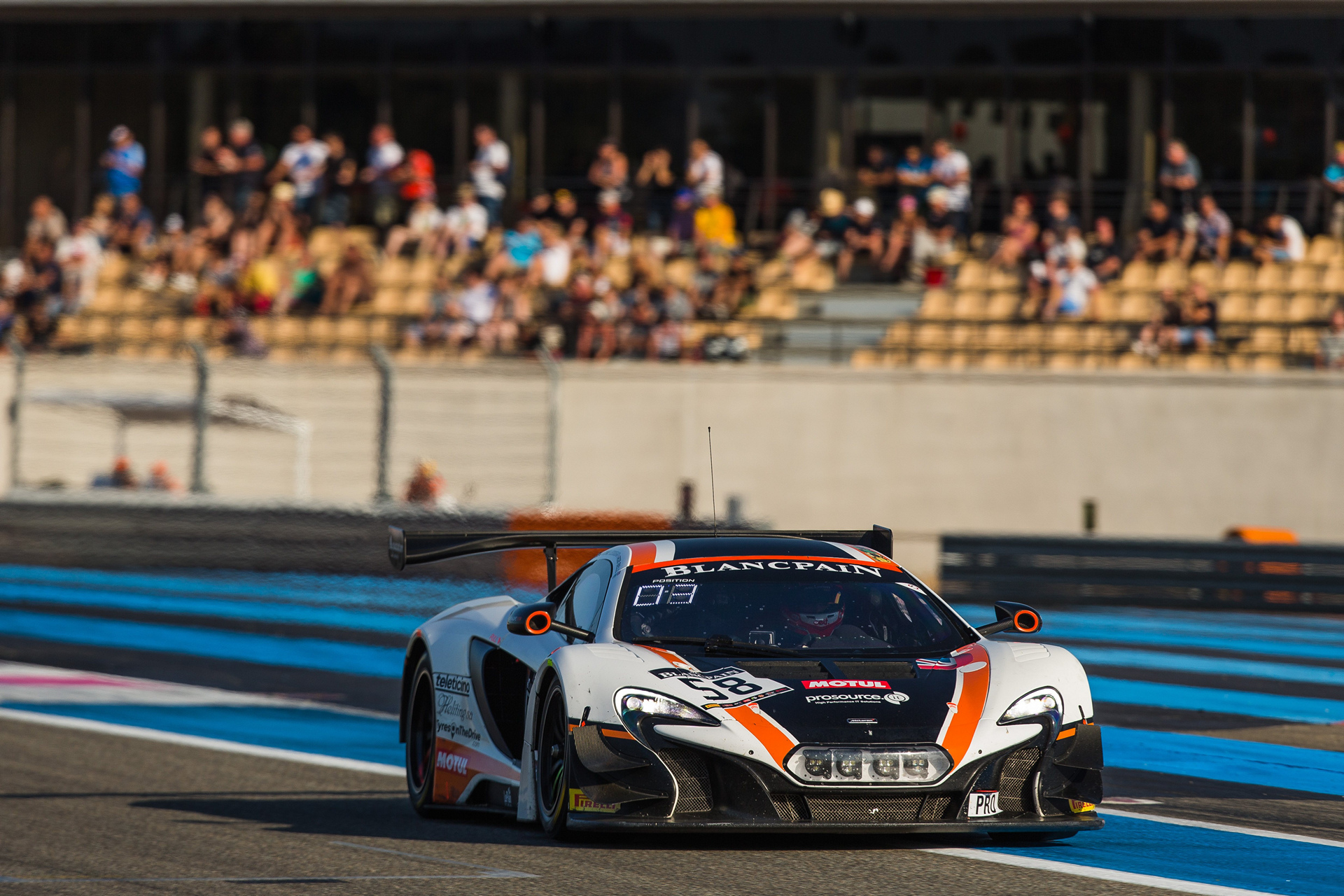 Factory driver Rob Bell takes Blancpain GT points lead after Paul Ricard Victory © McLaren Automotive