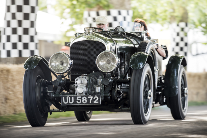 Bentley Returns to Goodwood with Three Powerful UK Debuts