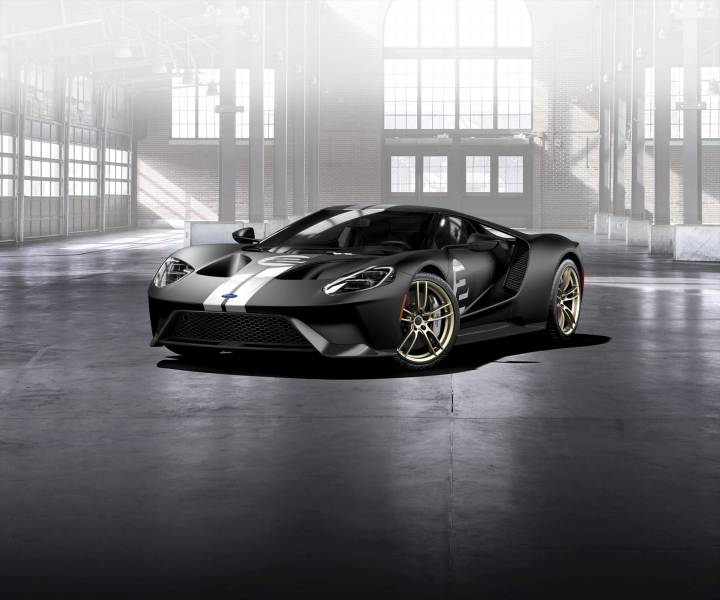 2017 Ford GT '66 Heritage Edition Pays Homage to 1966 Le Mans Winner