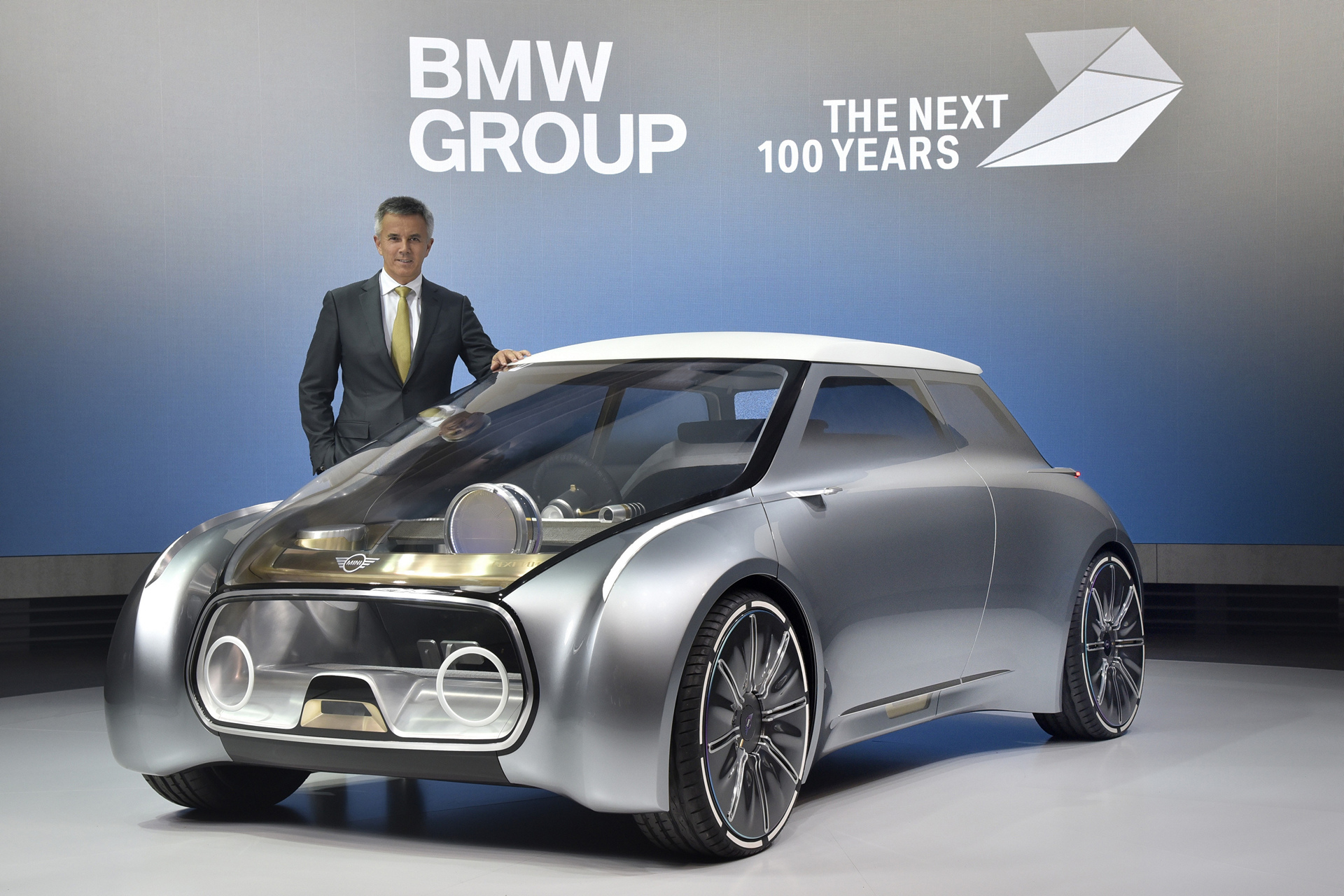 MINI VISION NEXT 100, Peter Schwarzenbauer, Member of the Board of Management of BMW AG, MINI, Motorrad, Rolls-Royce, Aftersales © BMW AG
