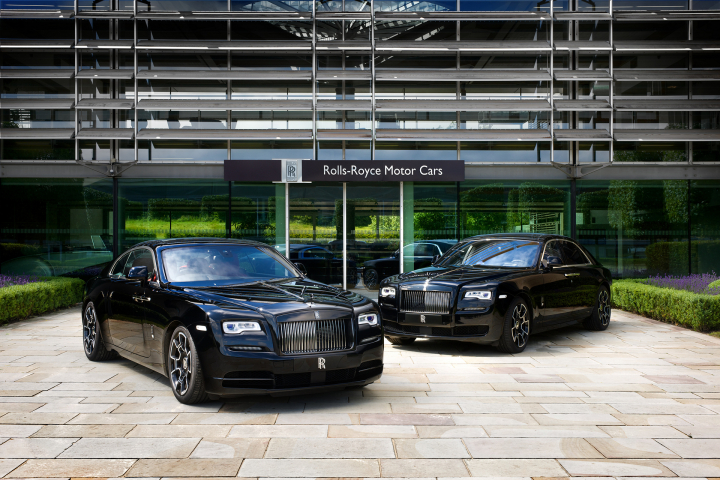 Rolls-Royce Celebrates 2016 Goodwood With a Dark and Edgy Presence