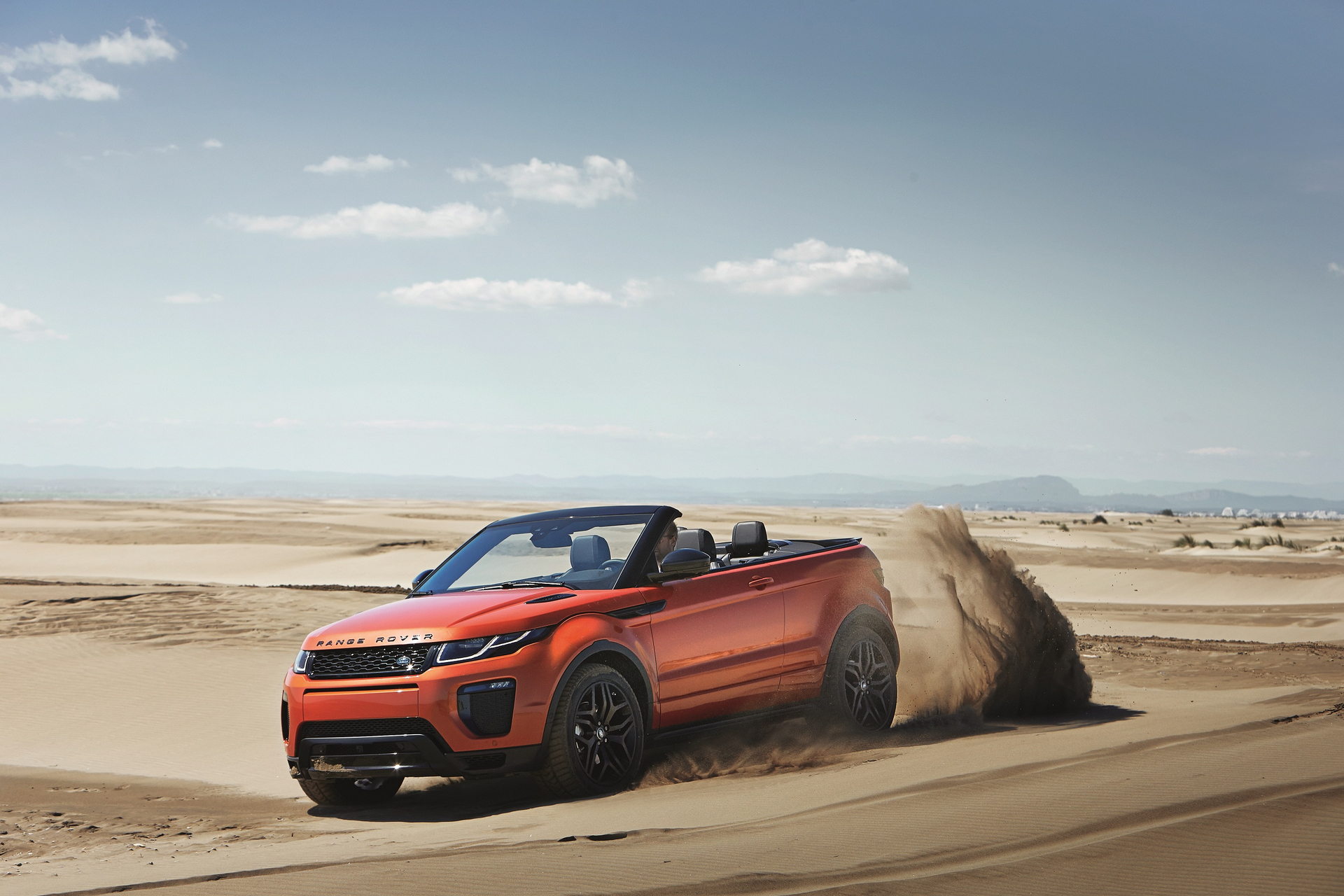 how much does a range rover evoque cost