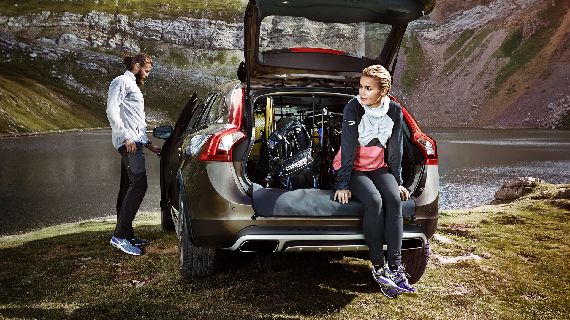 2016 Volvo V60 Cross Country © Zhejiang Geely Holding Group Co., Ltd