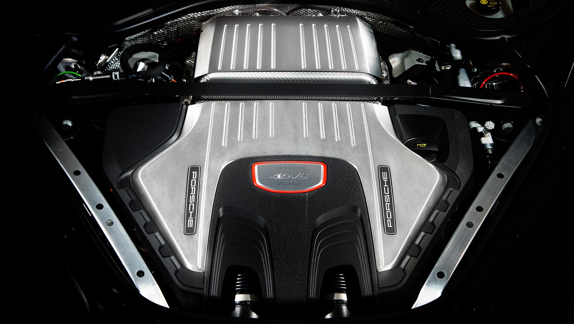 Panamera Turbo © Dr. Ing. h.c. F. Porsche AG