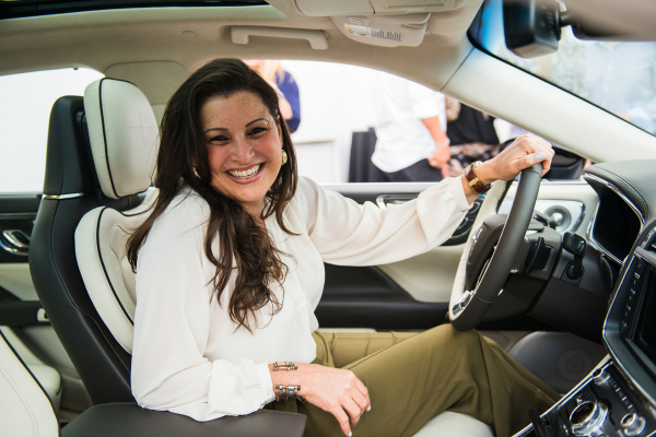 María A. Hernández (Community Networker) enjoys the Perfect Position Seat in the all-new 2017 Continental © Ford Motor Company