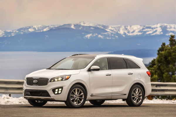 2017 Kia Sorento Achieves Top Safety Pick Plus Rating © Kia Motors