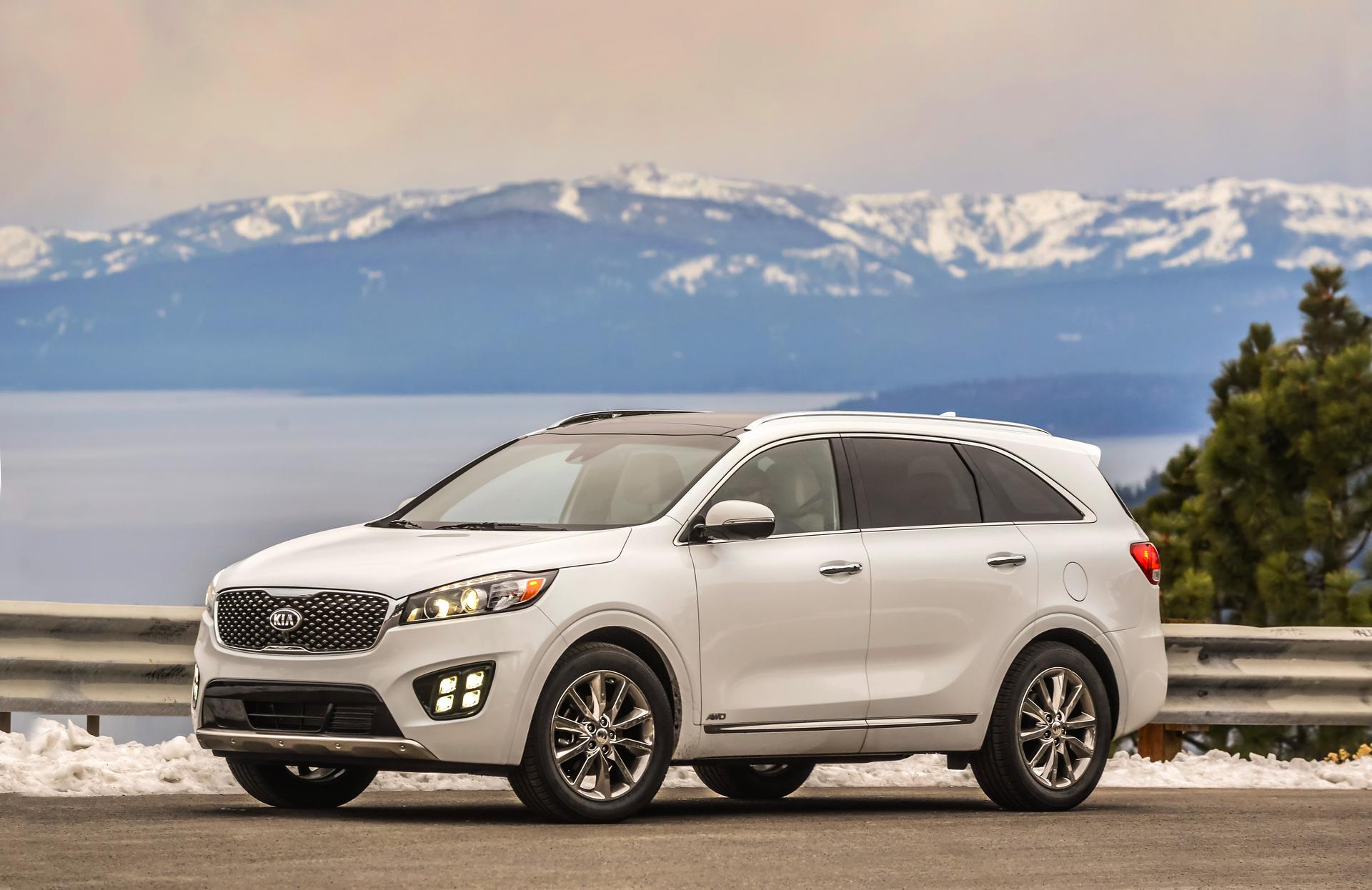 2017 Kia Sorento Achieves Top Safety Pick Plus Rating © Kia Motors
