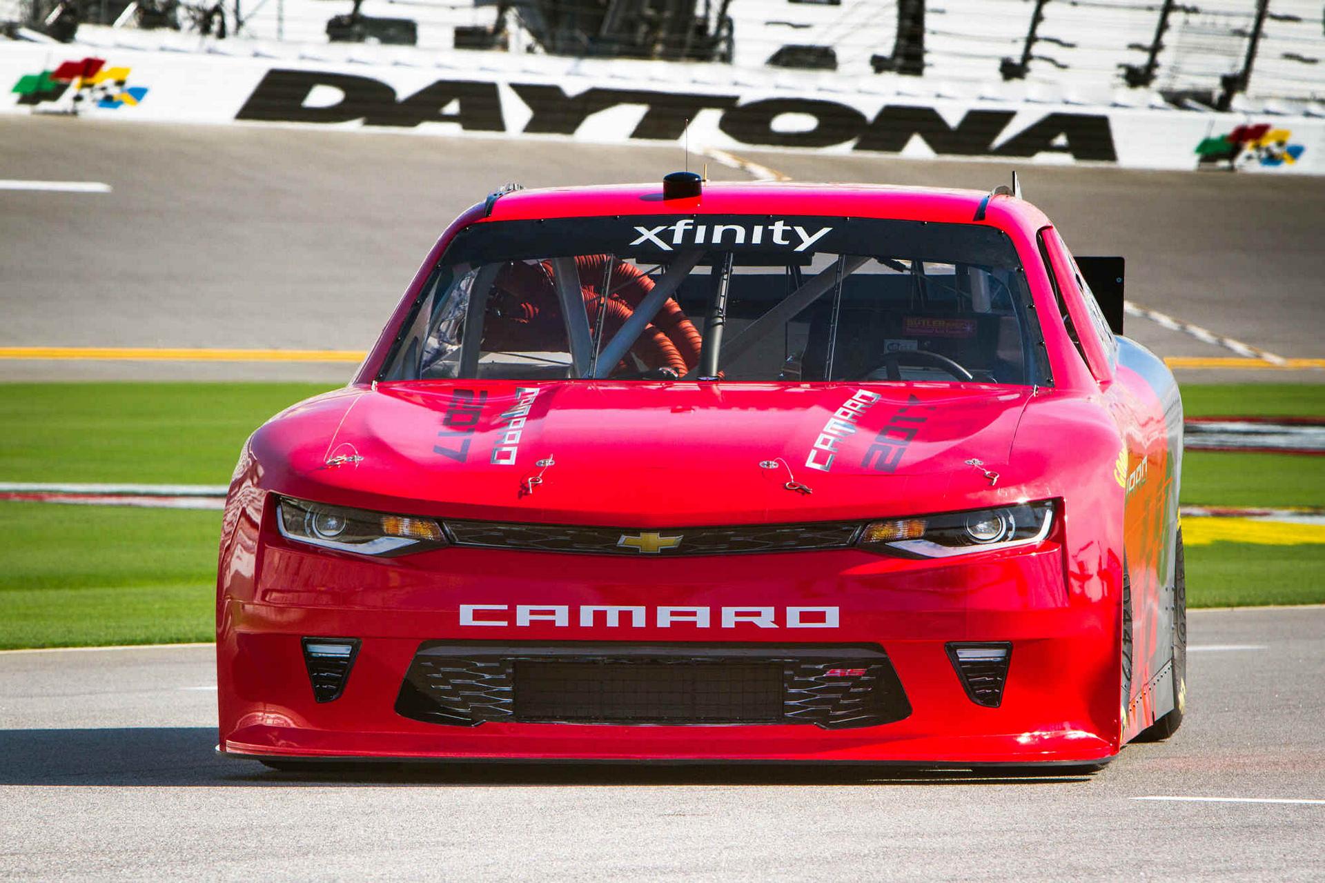 2017 Camaro NASCAR Xfinity Series Chevrolet Unveiled © General Motors