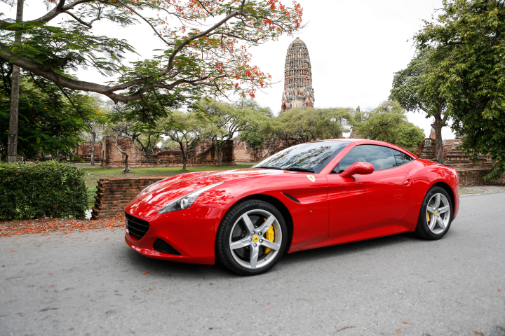 Ferrari California T Wows in Ayutthaya