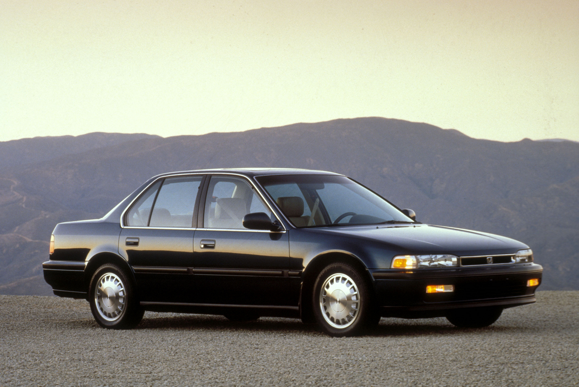 1991 Accord 4th Generation © Honda Motor Co., Ltd.