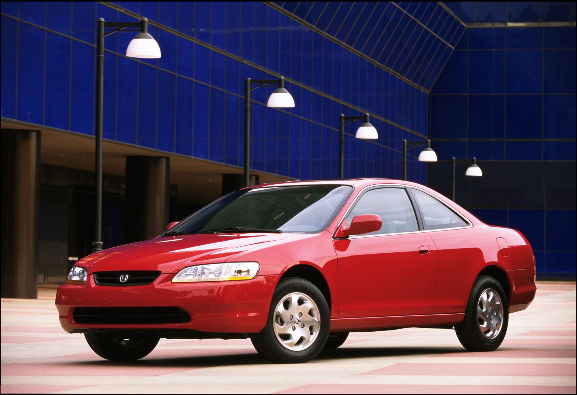 2000 Honda Accord EX © Honda Motor Co., Ltd.