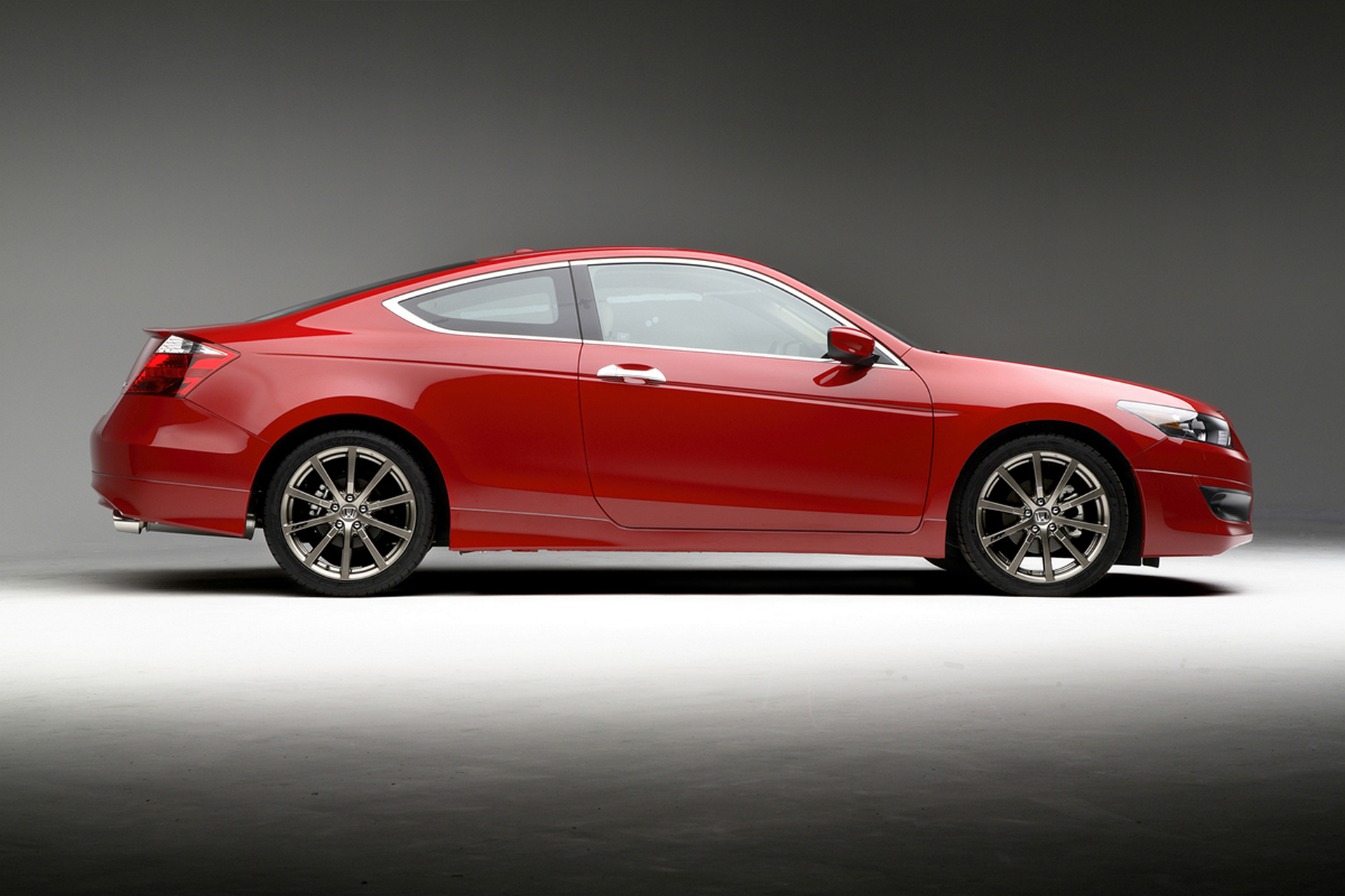 2008 Accord 8th Generation © Honda Motor Co., Ltd.