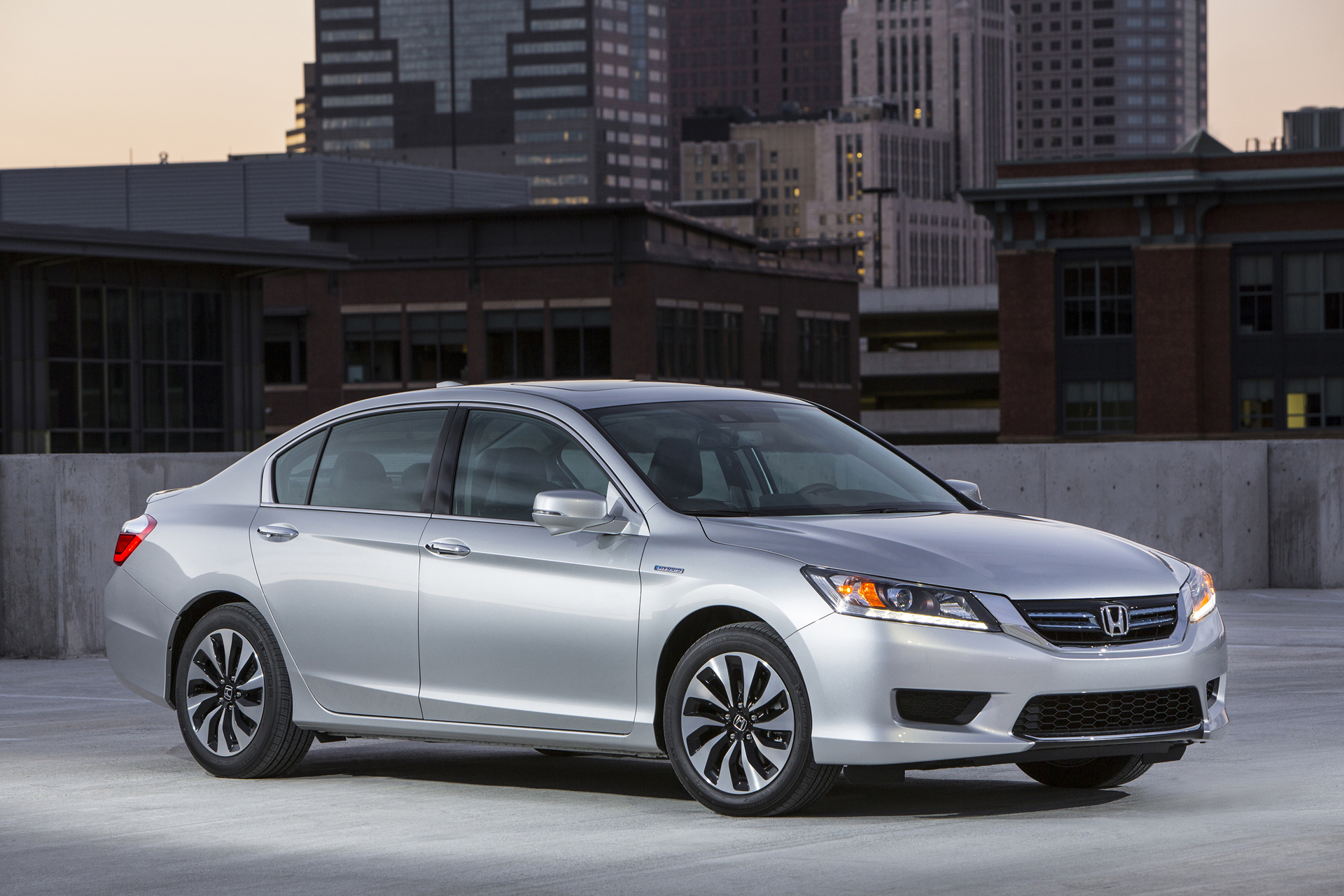 2015 Accord Hybrid 9th Generation © Honda Motor Co., Ltd.