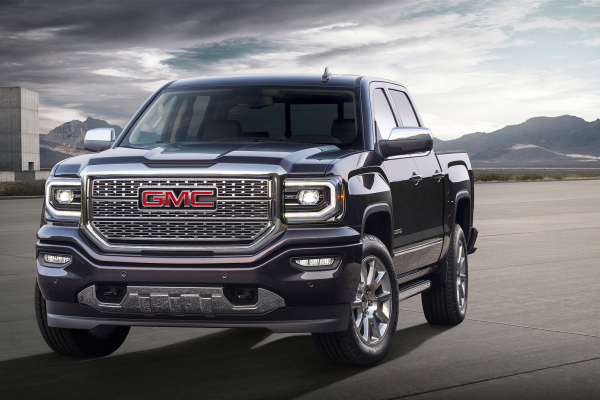 2016 GMC Sierra Denali © General Motors