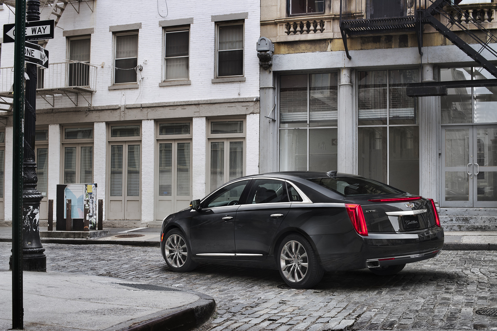 2017 cadillac xts review carrrs auto portal. Black Bedroom Furniture Sets. Home Design Ideas