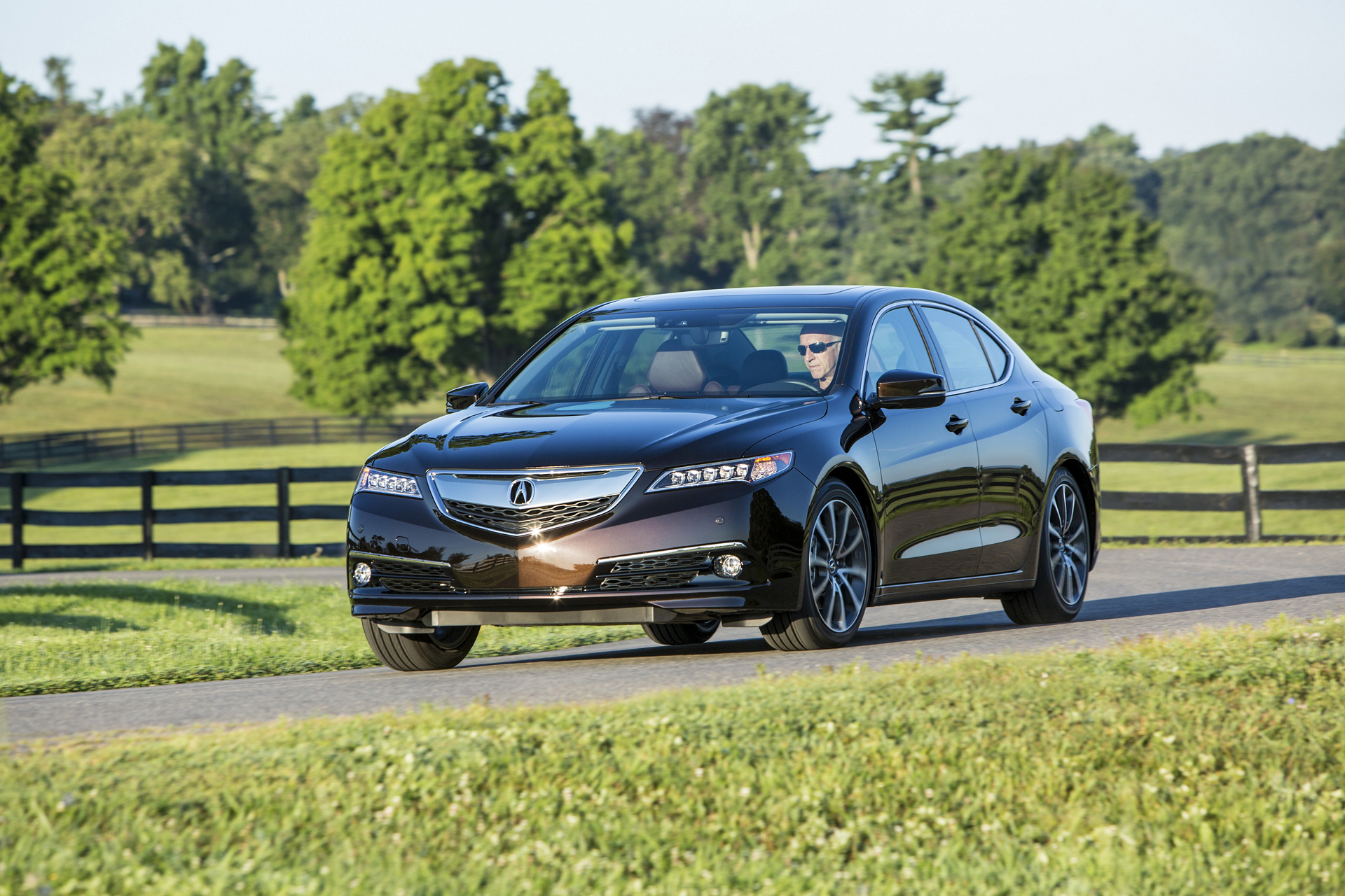 2017 Acura TLX © Honda Motor Co., Ltd.