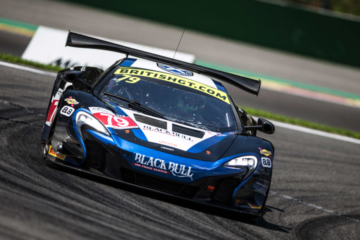 McLaren 650S GT3 Takes Clean Sweep in Australia