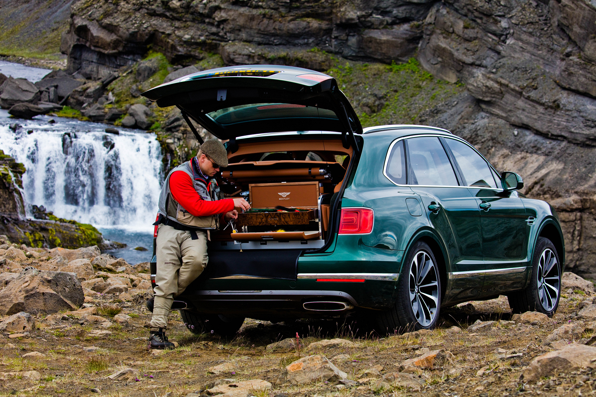 Bentley Bentayga Fly Fishing by Mulliner – The Ultimate Angling Accessory © Volkswagen AG
