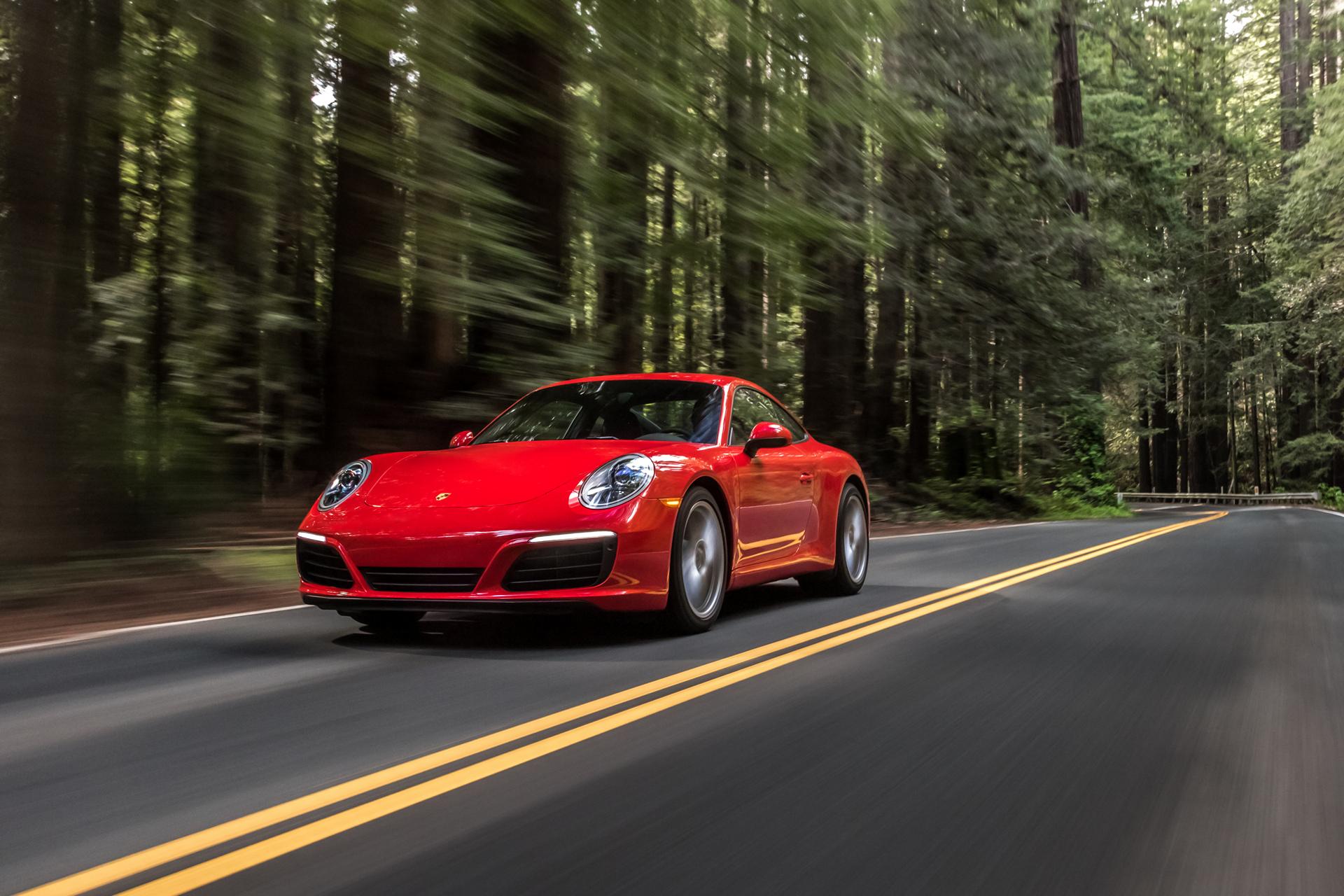 2017 Porsche 911 Carrera © Dr. Ing. h.c. F. Porsche AG