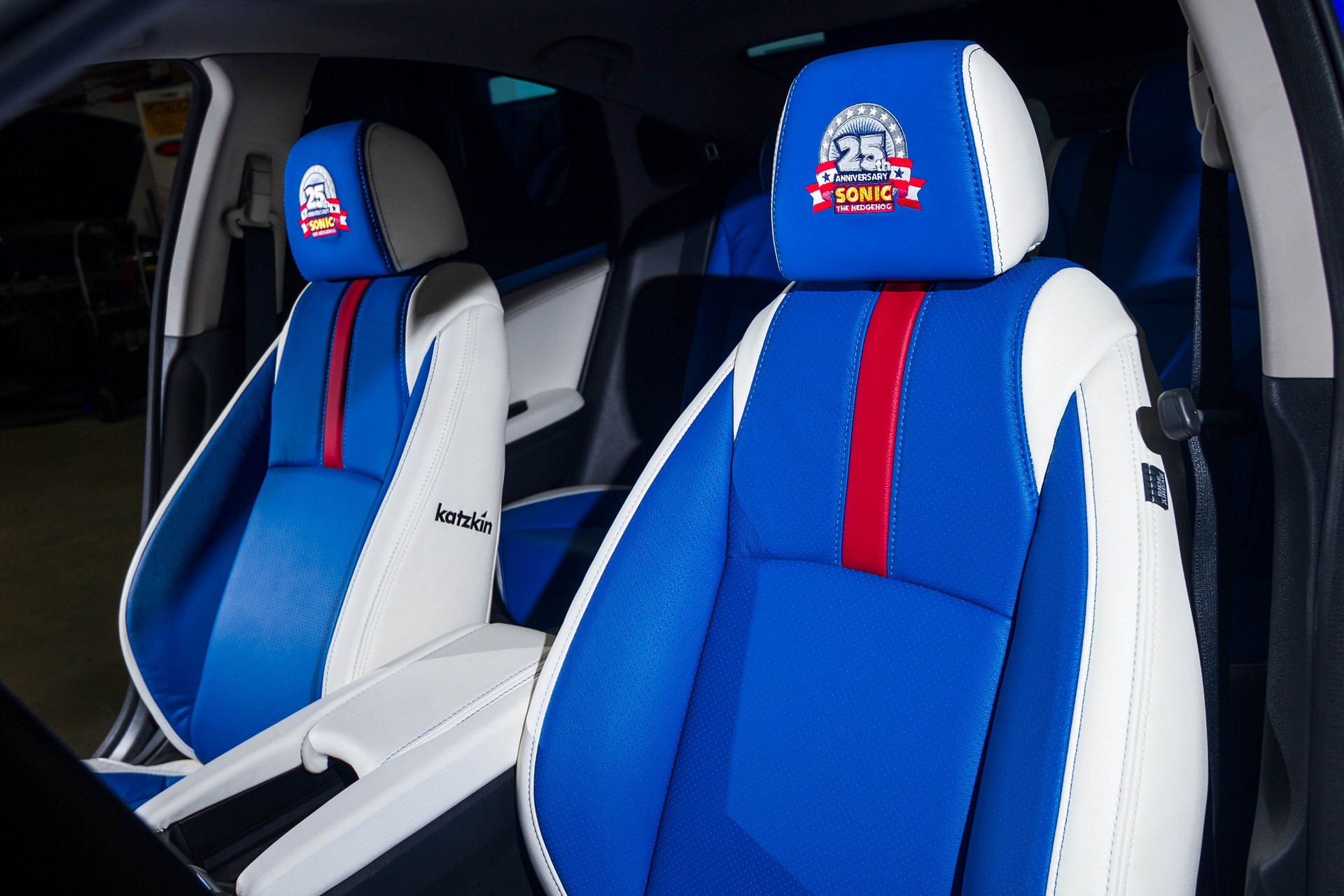 "Honda Debuts Custom-Designed ""Sonic Civic"" at Comic-Con; Joins ""Sonic the Hedgehog™"" and SEGA® in Celebrating the Iconic Game's 25th Anniversary © Honda Motor Co., Ltd."